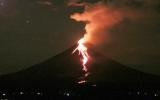 """2011-2015 sẽ là """"thời"""" của núi lửa"""
