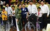 Người tàn tật, trẻ mồ côi và bệnh nhân nghèo ngày càng được chăm lo chu đáo