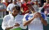 Chung kết Sony Ericsson Open 2011: Djokovic ôm cúp, Nadal ôm hận