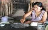 Câu lạc bộ Phụ nữ tiếp sức: Cùng người nghèo vượt khó