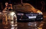 Mưa lớn gây ngập nặng nhiều tuyến đường