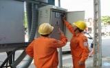 Định kỳ 1 quý/ 1 lần, chi trả trực tiếp cho hộ nghèo tiền hỗ trợ điện