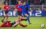 """HLV Ferguson đối mặt """"cơn ác mộng"""" Đức"""