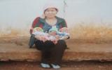Bà mẹ sinh ba mong được trợ giúp sữa cho con