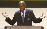 Phó chủ tịch FIFA từ chức vì scandal tham nhũng