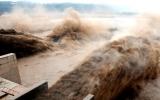Đập lớn thứ 6 thế giới ở Trung Quốc xả lũ