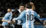Aguero, Messi tỏa sáng giúp Argentina vào tứ kết