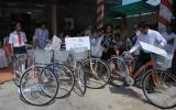 VP Bank trao tặng 10 xe đạp cho học sinh khó khăn