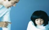Cha mẹ cần quan tâm đến con nhiều hơn