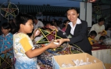 Becamex ISC trao 1.500 phần quà Trung thu cho con em người lao động