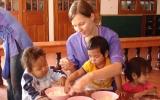 Hoạt động tình nguyện giúp ta sống lâu hơn