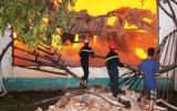 Cháy lớn tại Công ty gỗ Đức Lợi 2