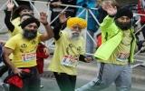 Cụ ông 100 tuổi hoàn tất 42km đường chạy ma-ra-tông
