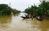 Lũ lụt tại miền Trung: Nhiều địa phương vẫn bị cô lập