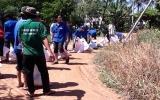 300 đoàn viên thanh niên giúp dân khắc phục ngập úng