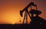 Giá dầu ở New York vượt 100USD