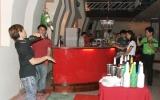 Cà phê bar Lạnh: Nơi dừng chân của bạn trẻ