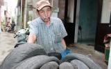 Người nhặt rác không màng 45 triệu đồng của rơi