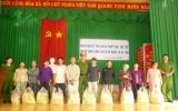 Tặng 150 phần quà cho gia đình chính sách, người nghèo huyện Phú Giáo