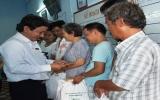 Vietcombank Khu công nghiệp Bình Dương: Trao hơn 300 phần quà cho trẻ em, người khuyết tật