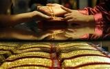 Giá vàng trong nước rơi xuống vùng 44 triệu đồng/lượng