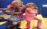 2 tuổi được đào tạo trở thành hoa hậu