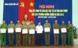 Bến Cát: Khen thưởng 63 tập thể, cá nhân xuất sắc trong công tác bảo đảm trật tự ATGT