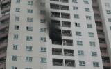 Cháy tại tòa nhà 34 tầng
