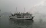 Cháy tàu du lịch QN 5798-Syrena tại Vịnh Hạ Long