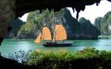 Chính thức công bố Vịnh Hạ Long là Kỳ quan thiên nhiên mới của thế giới