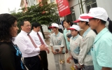 Vận động công nhân tham gia xây dựng Đảng