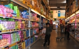 Tăng cường giảm giá, khuyến mại để kích thích sức mua