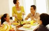 Chế độ dinh dưỡng cho trẻ trong mùa hè