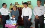 Thăm và tặng nhà tình nghĩa cho gia đình chính sách 2 huyện Phú Giáo và Bến Cát