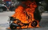 Chính phủ chỉ đạo làm rõ nghi vấn xăng làm cháy xe