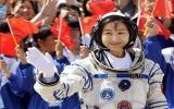 Người phụ nữ Trung Quốc đầu tiên bay vào vũ trụ