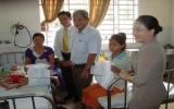 50 phần quà dành tặng bệnh nhi, trẻ em nghèo