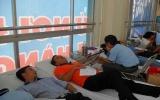 CBCNV Ngân hàng Đông Á tham gia hiến máu nhân đạo