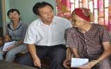 Lãnh đạo TP.Thủ Dầu Một thăm, tặng quà mẹ Việt Nam anh hùng và các gia đình chính sách