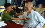 Sở Cảnh sát PCCC tổ chức khám, phát thuốc và tặng quà gia đình chính sách, người nghèo