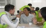 Công ty TNHH Yc Tec tổ chức khám bệnh và phát thuốc miễn phí cho công nhân