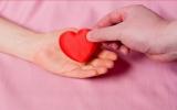 Sống để yêu thương