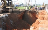 Sạt lở đất trong công trình, 3 công nhân bị vùi chết