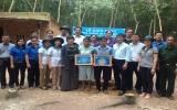 Huyện Phú Giáo: Khám bệnh và tặng 200 phần quà cho hộ nghèo