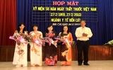 Bến Cát, Tân Uyên: Họp mặt kỷ niệm Ngày Thầy thuốc Việt Nam 27-2