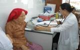 Khám, mổ mắt miễn phí cho người bị bệnh đục thủy tinh thể