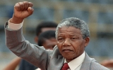 NELSON MANDELA: Con người vĩ đại