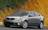 Khoảng 600 triệu, chọn xe Nhật hay xe Hàn ?