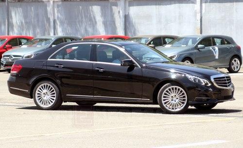 Mercedes-E-class-2-1373811653_500x0.jpg