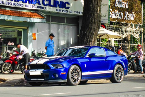 ford-shelby-gt500-2-1373624903_500x0.jpg